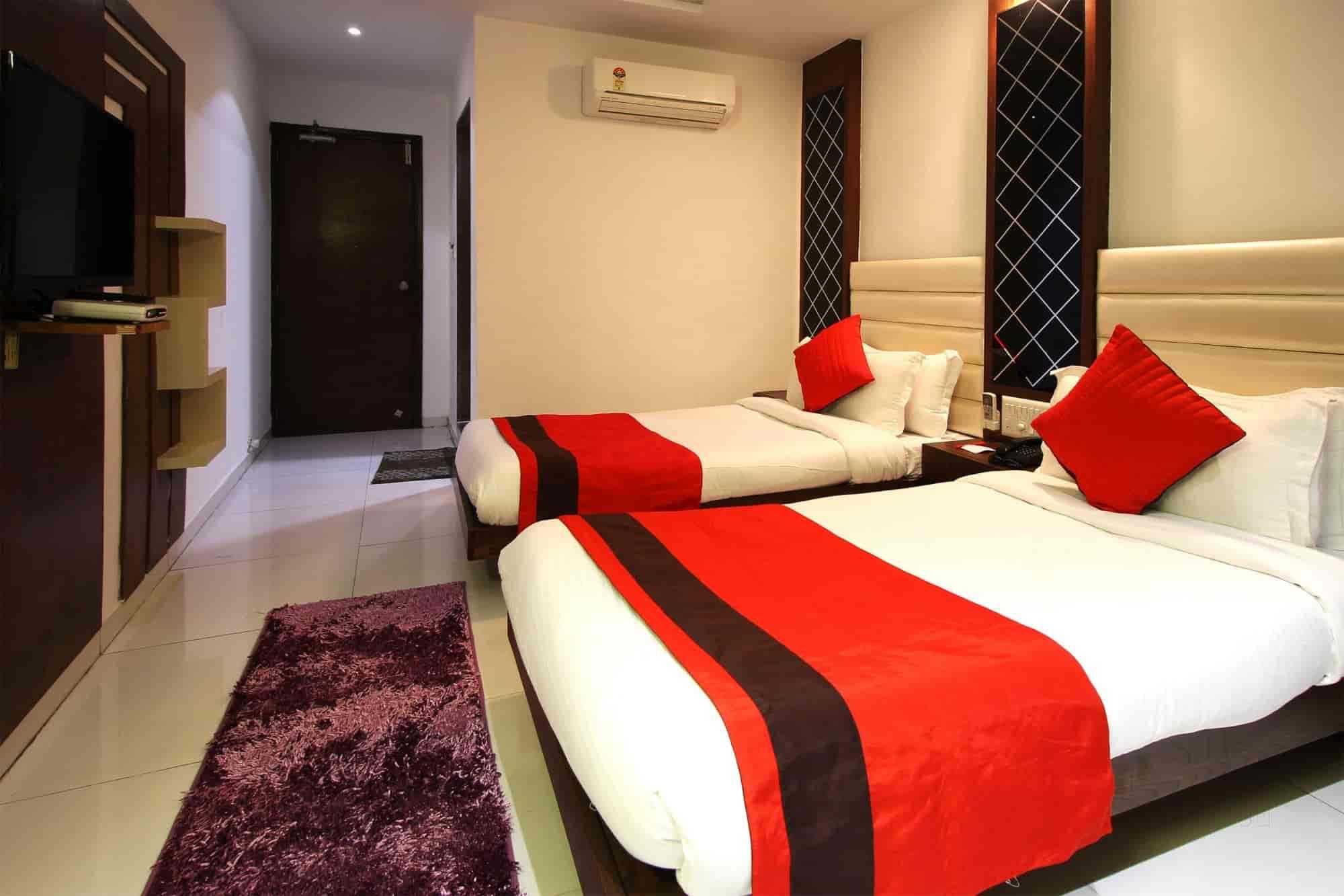OYO Rooms 076 Photos, Navrangpura, Ahmedabad- Pictures & Images ...