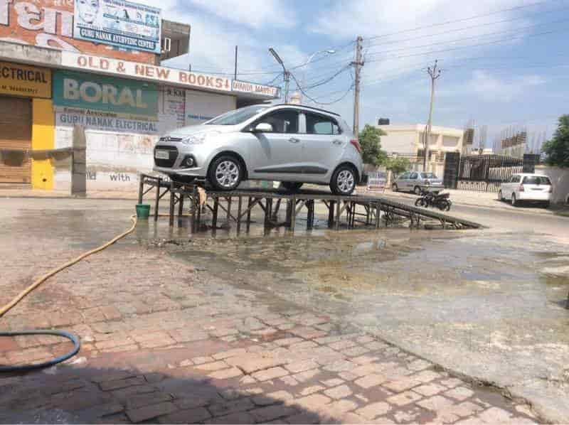 Friends Car Zone Mohali Automatic Car Washing Services In - Audi q7 carzone