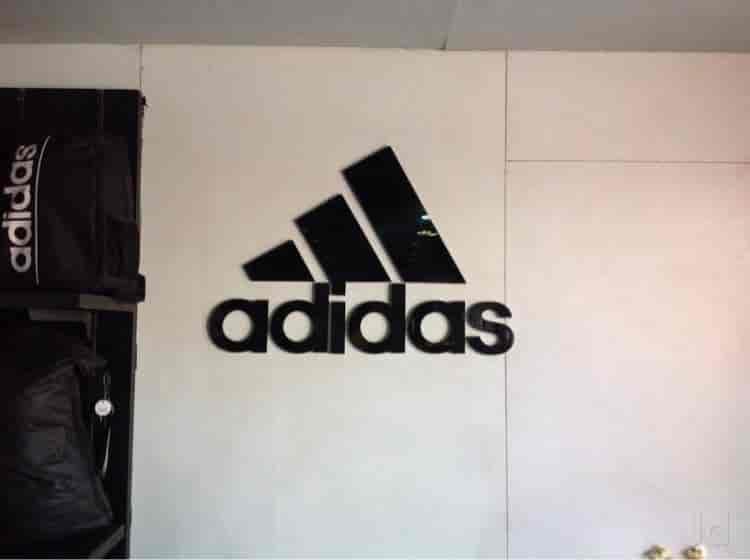 19b1d944cfde adidas store dc. rBVaGFad682AWjI7AAGM6b1ArF4475