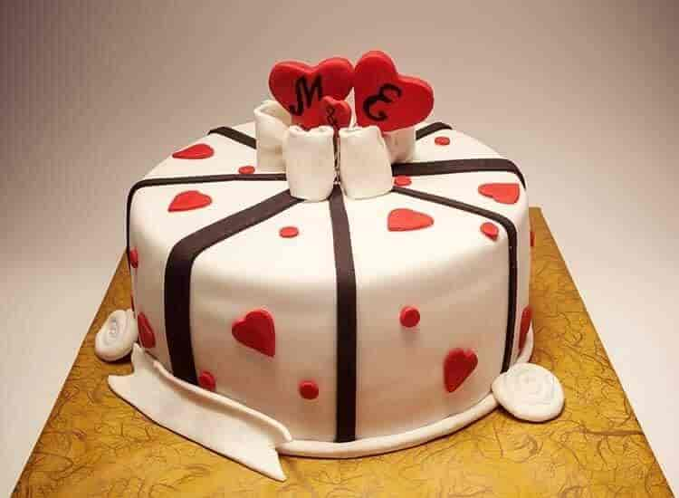 Cake Bank And Cake Land Photos Brodipet Guntur Pictures Images