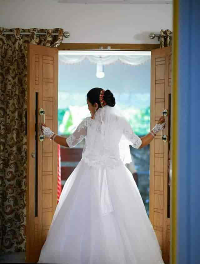 9bf908daf4c Christian Bridal Gown - Christian Bridal Gowns Photos
