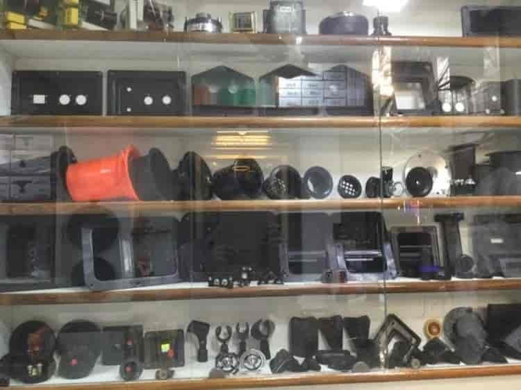 Ashok Cabinet Maker Photos, Chandni Chowk, Delhi-NCR- Pictures ...