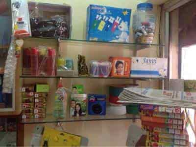 Daahab jewellery works and ladies cosmetic gift items photos inside view of gift shop daahab jewellery works and ladies cosmetic gift items photos negle Choice Image