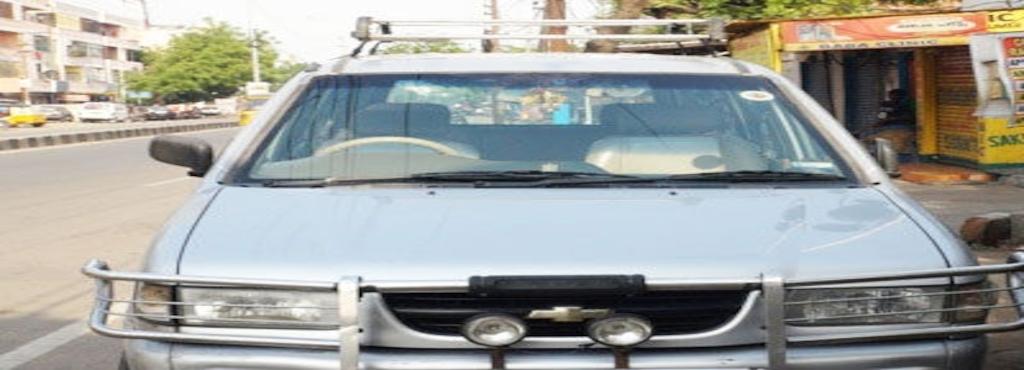 Manikanta Travels Dilsukhnagar Car Hire Chevrolet Tavera In