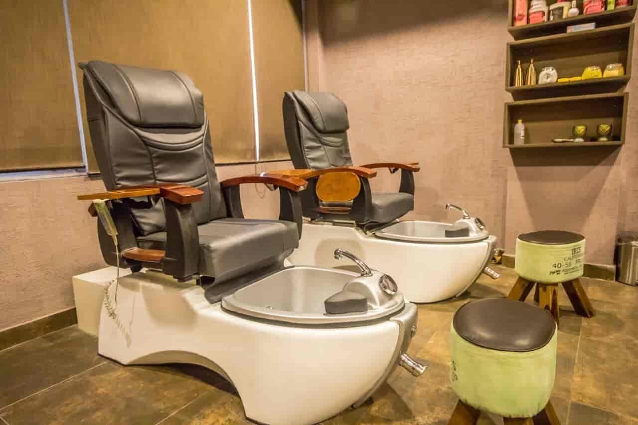 Jacko Beauty Solutions, Bharat Nagar   Salon Chair Manufacturers In  Ludhiana   Justdial