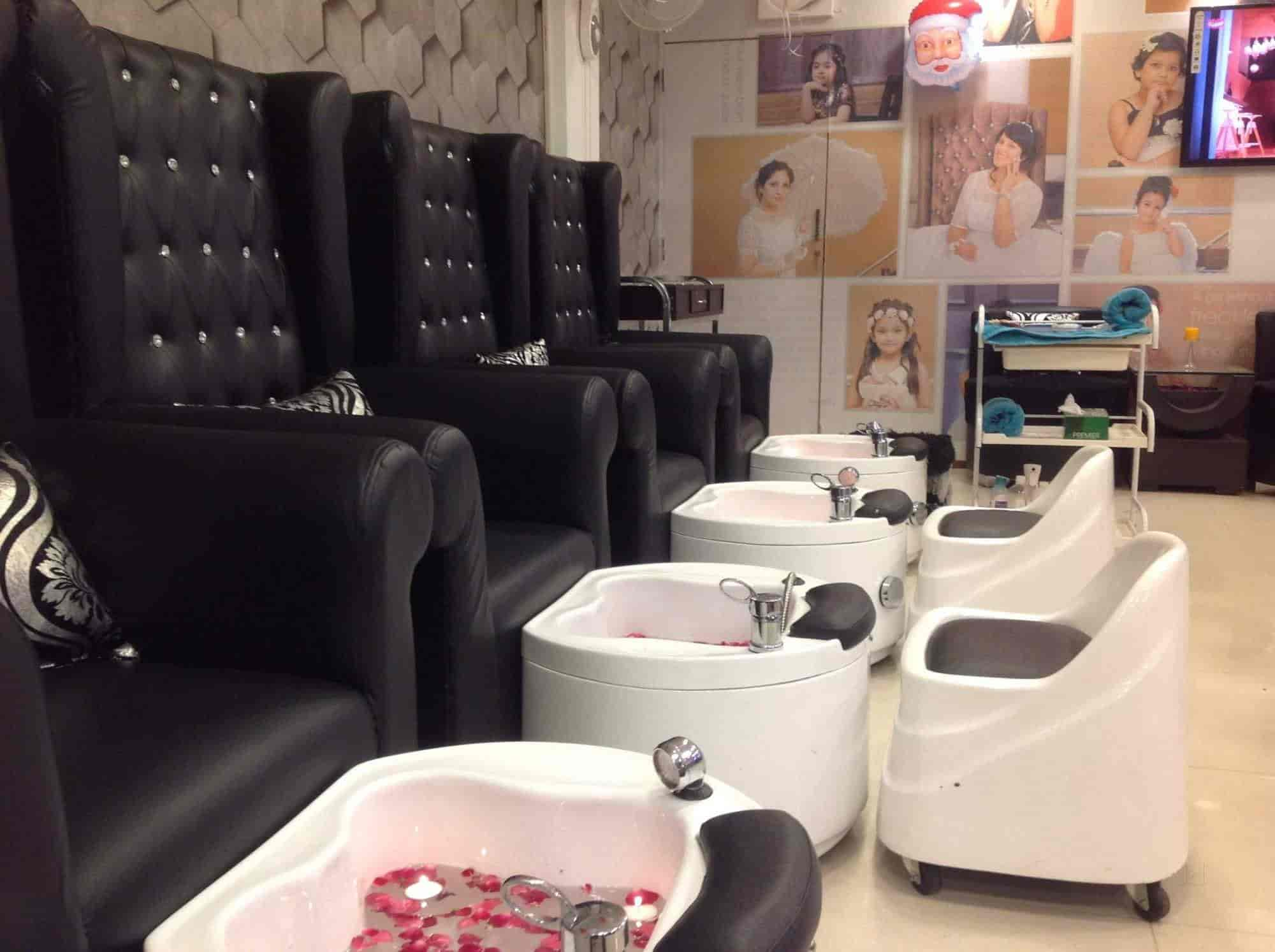 ... Inside View of Ladies Beauty Parlour - Q-tee's Beauty Salon By Gauri  Photos, ...