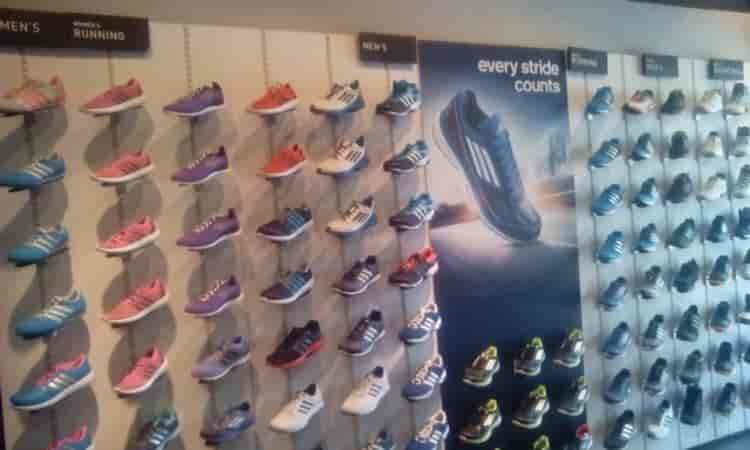 adidas shoes store mumbai