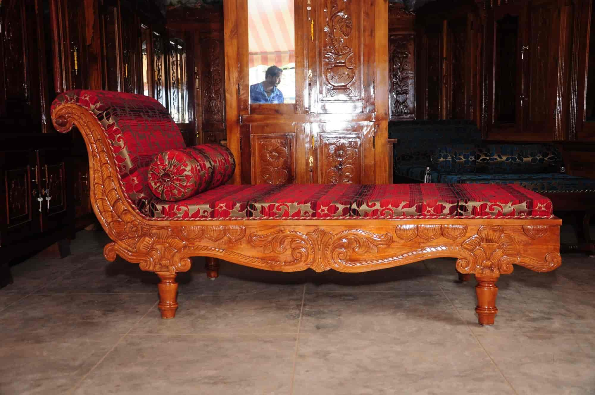 Royal Furniture