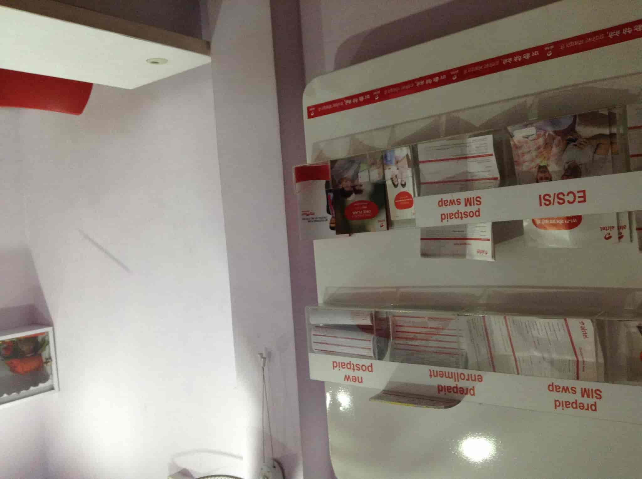Inside View Of Store   Airtel Express Outlet Photos, Karam Toli Chowk, ...