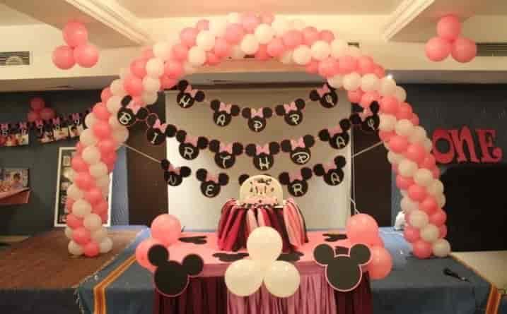 Jubilant Theme Party Designers Waghodia Road Balloon Decorators