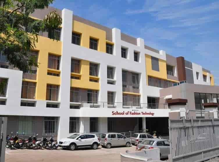 School of fashion technology pune 24